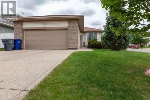 House for sale at 291 Kucey Ter  Saskatoon Saskatchewan - MLS: SK776900