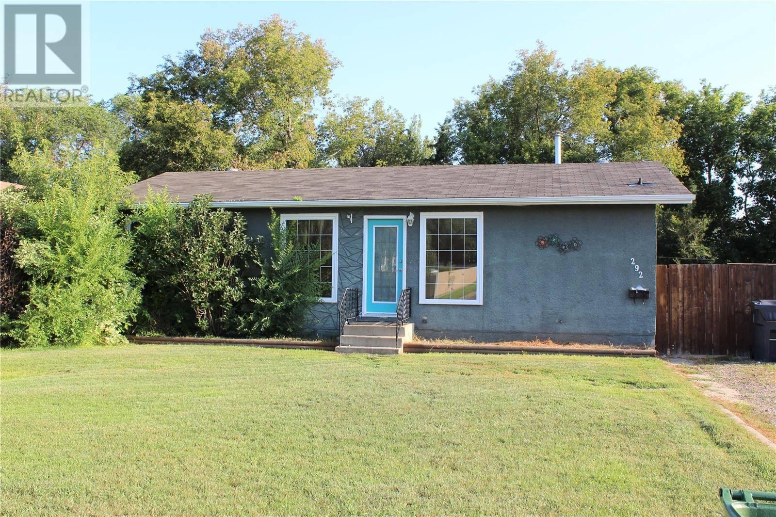 House for sale at 292 33rd St Battleford Saskatchewan - MLS: SK782914