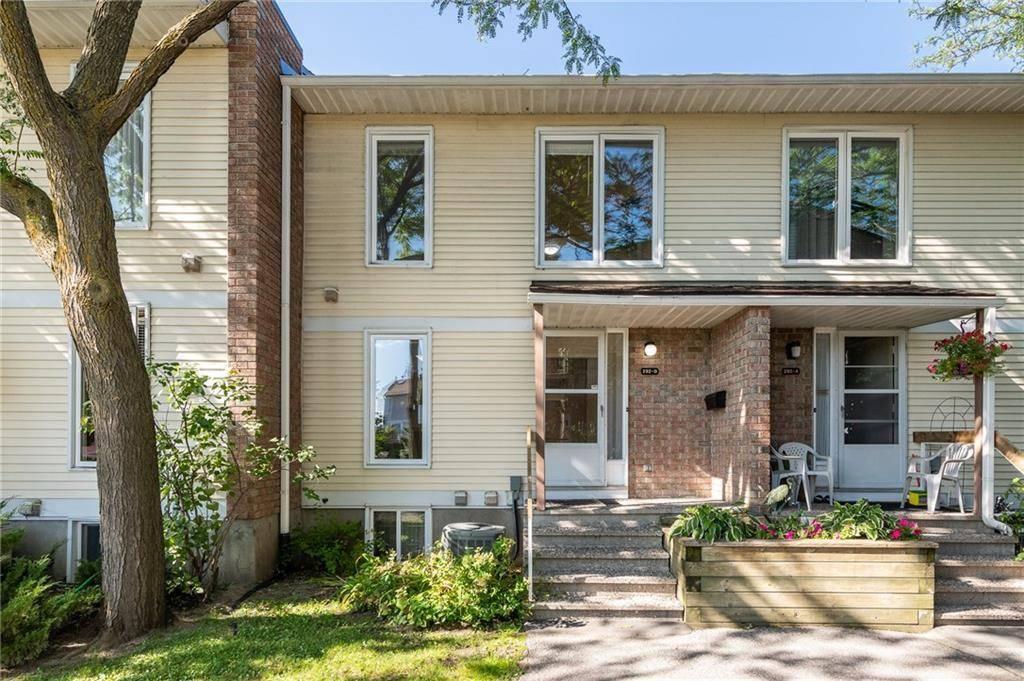 Townhouse for sale at 292 Dalehurst Dr Ottawa Ontario - MLS: 1169284