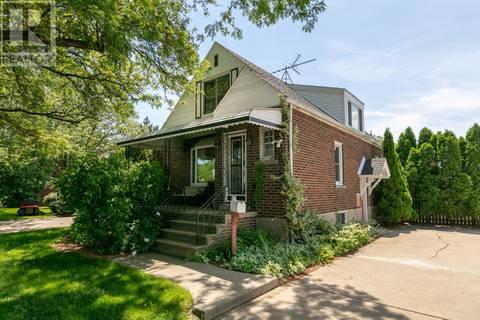 House for sale at 2923 Walker  Windsor Ontario - MLS: 19020061