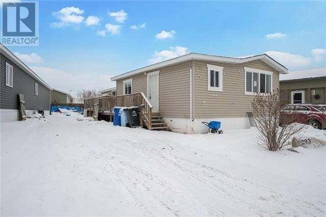 Residential property for sale at 293 Gregoire Cres Fort Mcmurray Alberta - MLS: FM0188933