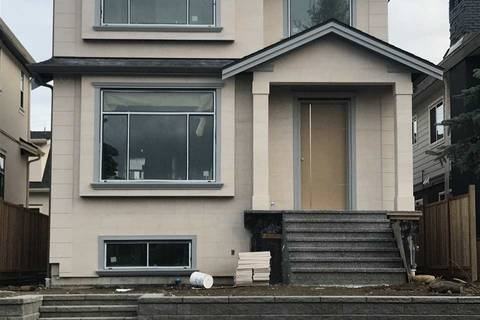 House for sale at 2930 Charles St Vancouver British Columbia - MLS: R2397508