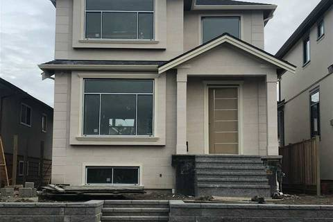 House for sale at 2934 Charles St Vancouver British Columbia - MLS: R2379798