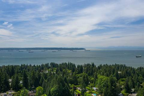 Residential property for sale at 2938 Altamont Cres West Vancouver British Columbia - MLS: R2402979