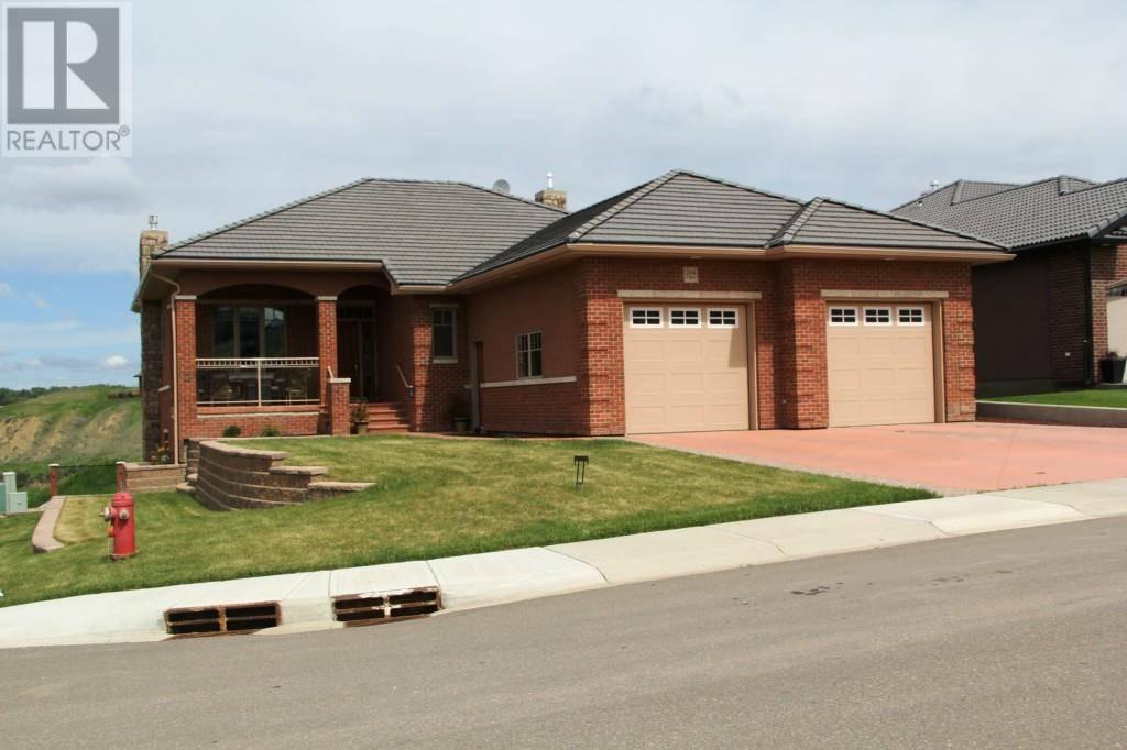 House for sale at 294 Desert Blume Dr Southwest Desert Blume Alberta - MLS: mh0192832