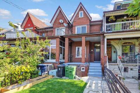 Townhouse for sale at 295 Clinton St Toronto Ontario - MLS: C4953318