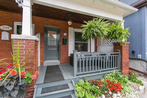 Townhouse for sale at 296 Kenilworth Ave Toronto Ontario - MLS: E4526312