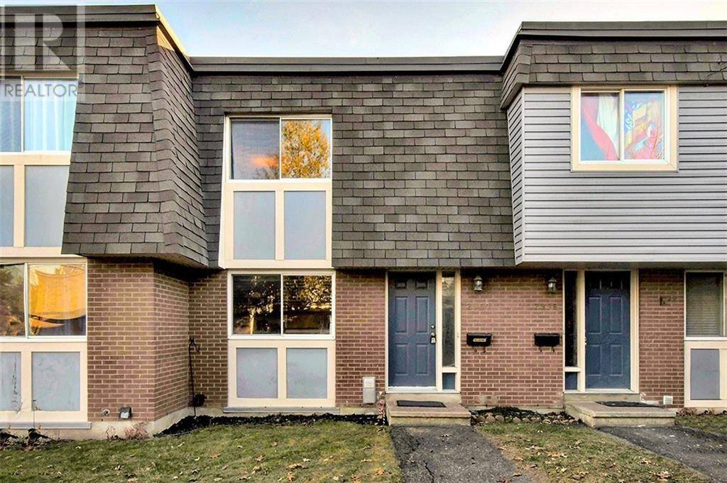Townhouse for sale at 2960 Fairlea Cres Ottawa Ontario - MLS: 1176702