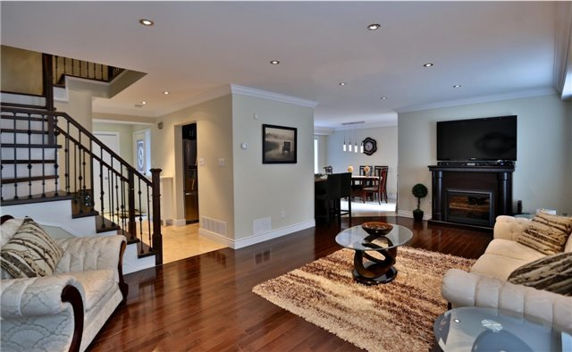 For Sale: 297 Bristol Road, Mississauga, ON | 3 Bed, 3 Bath House for $859,000. See 2 photos!