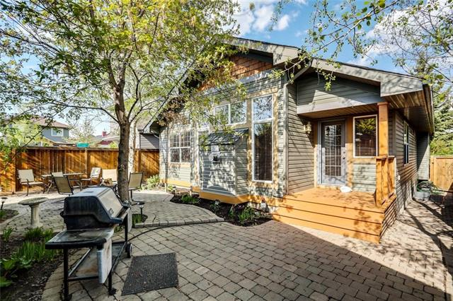 For Sale: 297 Prestwick Estate Way Southeast, Calgary, AB | 2 Bed, 2 Bath House for $499,900. See 33 photos!