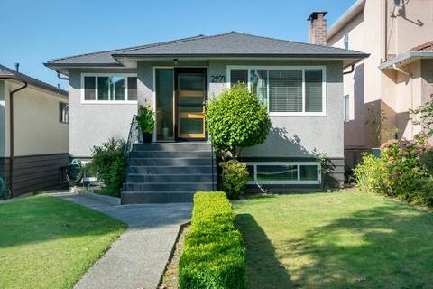 House for sale at 2971 16th Ave E Vancouver British Columbia - MLS: R2403113
