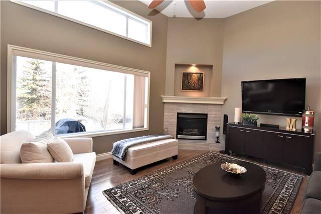 298 Inglewood Grove Southeast, Calgary | Image 1