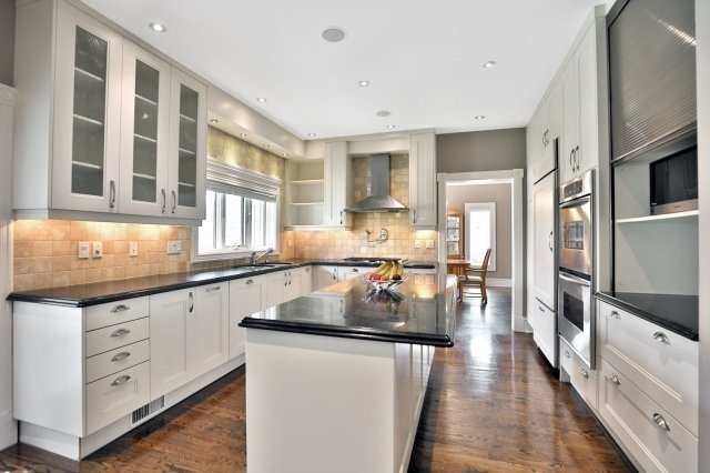 For Sale: 298 Mineola Road, Mississauga, ON | 5 Bed, 6 Bath House for $2,799,850. See 20 photos!