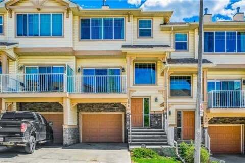 Townhouse for sale at 298 Sunset Point(e) Cochrane Alberta - MLS: C4301978