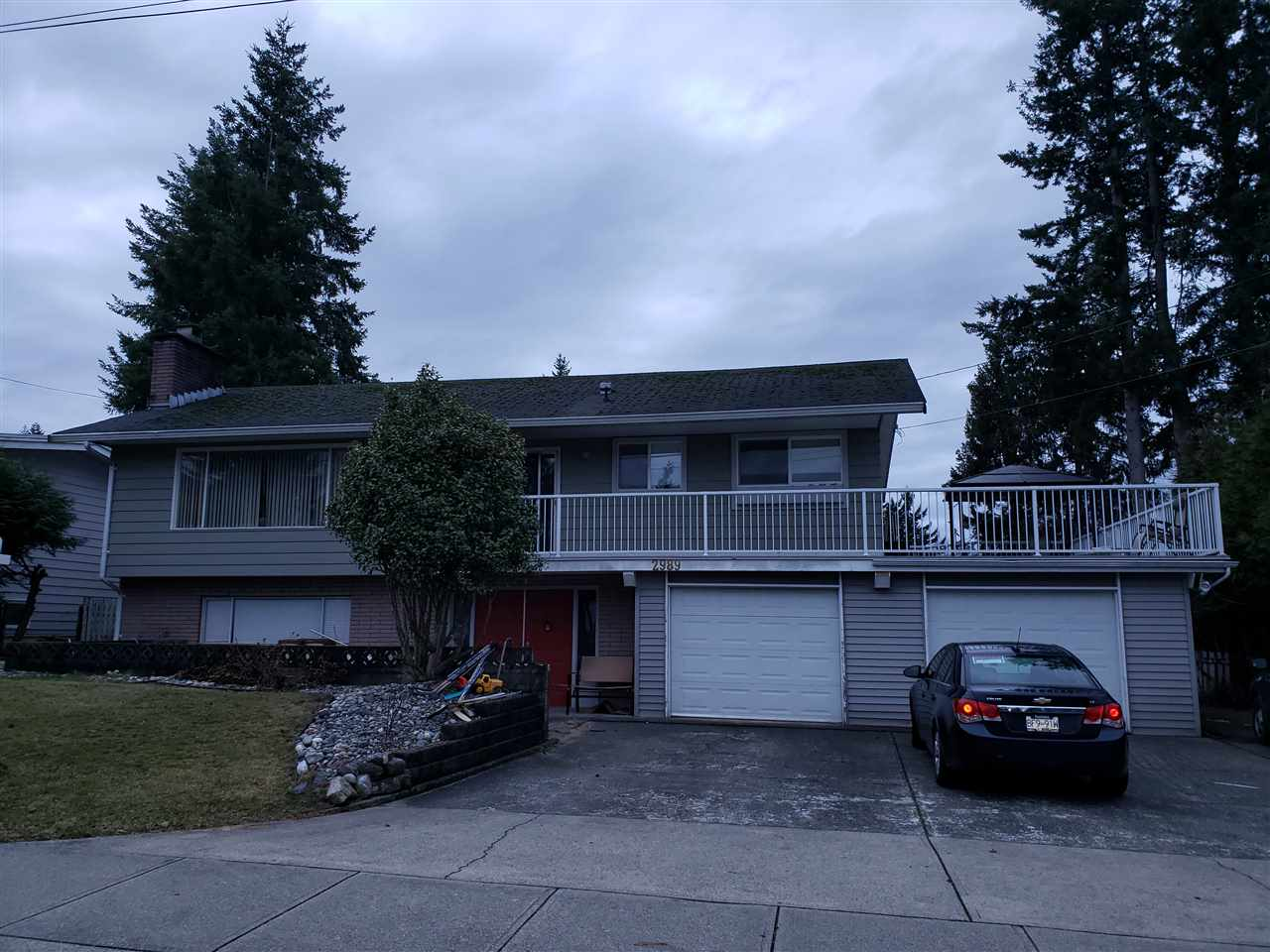 For Sale: 2989 Princess Street, Abbotsford, BC | 5 Bed, 3 Bath House for $829000.