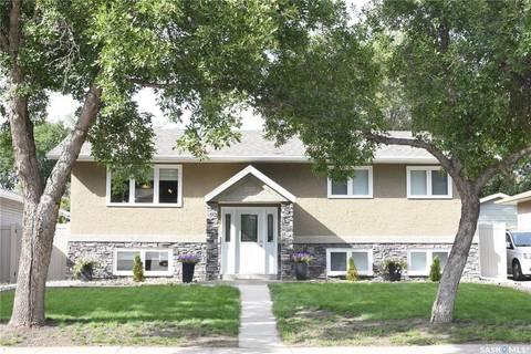 House for sale at 299 Dalgliesh Dr Regina Saskatchewan - MLS: SK784344