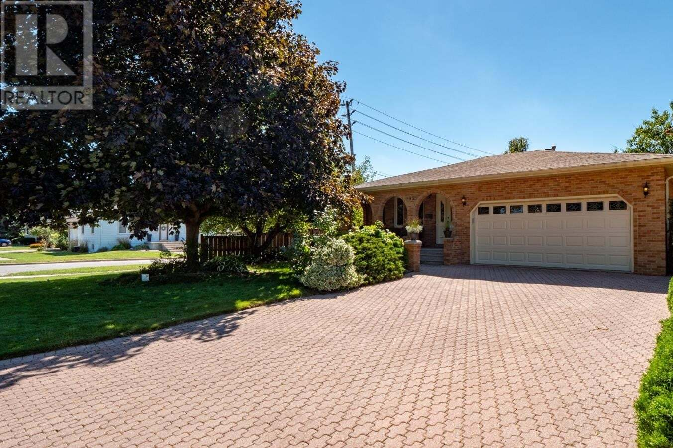 House for sale at 2995 California  Windsor Ontario - MLS: 20012155