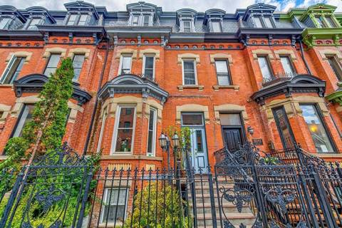 Townhouse for rent at 8 St.joseph St Unit 2B Toronto Ontario - MLS: C4673891