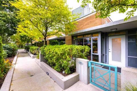 Condo for sale at 1067 Marinaside Cres Unit 2G Vancouver British Columbia - MLS: R2410820