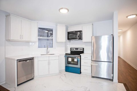Townhouse for rent at 1116 College St Unit 2nd Flr Toronto Ontario - MLS: C4965537