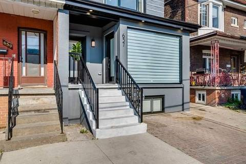 Townhouse for rent at 657 Manning Ave Unit 2nd Flr Toronto Ontario - MLS: C4667469