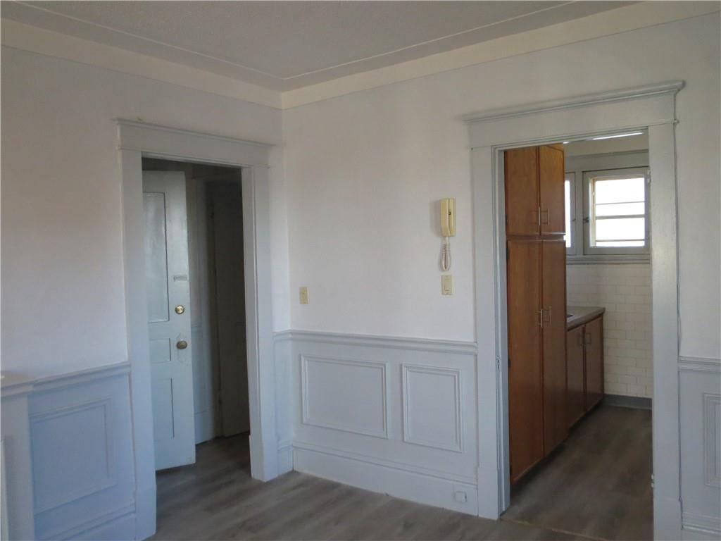 Apartment for rent at 2 Undermount Ave Unit 2r Hamilton Ontario - MLS: H4072644