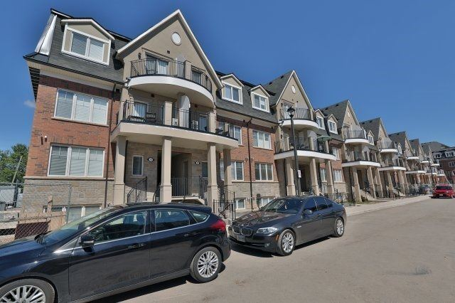 For Sale: 3 01 - 2420 Baronwood Drive, Oakville, ON | 2 Bed, 2 Bath Condo for $507,500. See 11 photos!