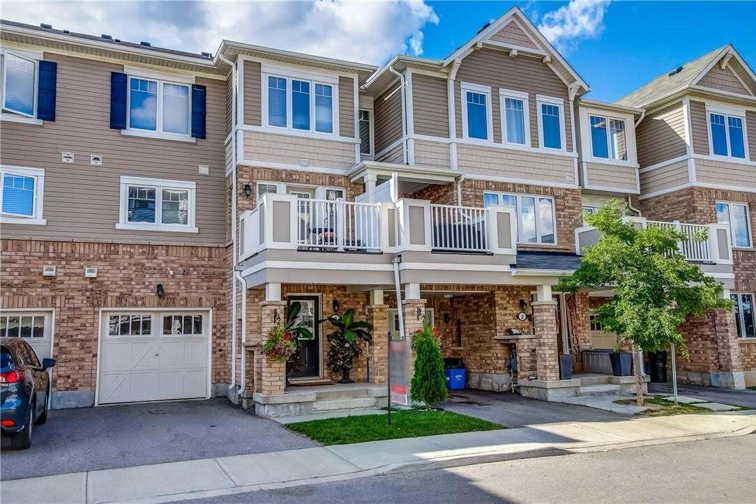 Townhouse for sale at 1025 Nadalin Ht Unit 3 Milton Ontario - MLS: H4085885