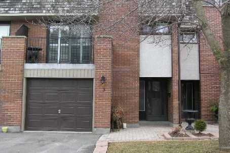Townhouse for rent at 1051 Cedarglen Gt Unit 3 Mississauga Ontario - MLS: H4058533
