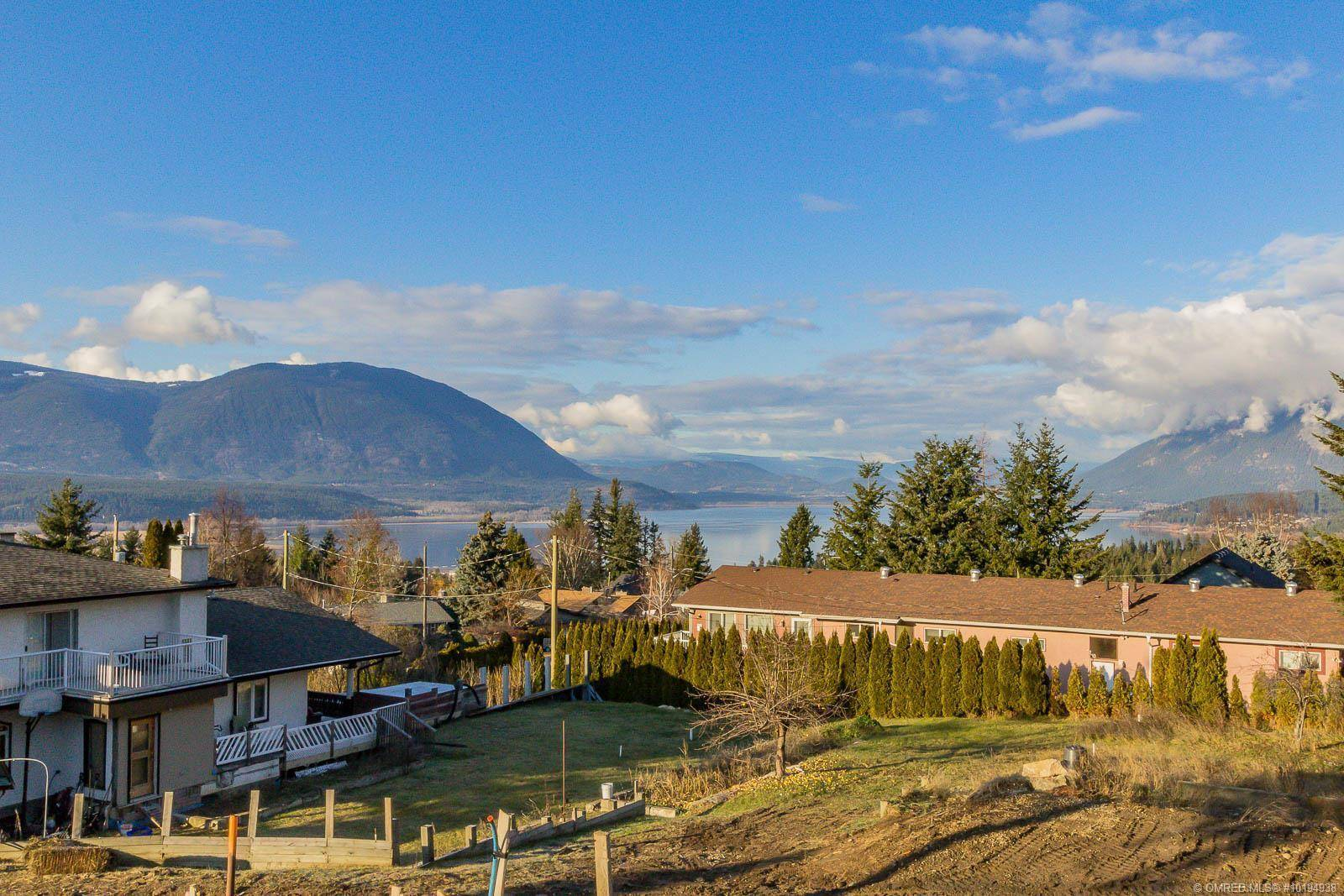Residential property for sale at 1170 15 St Southeast Unit 3 Salmon Arm British Columbia - MLS: 10194938