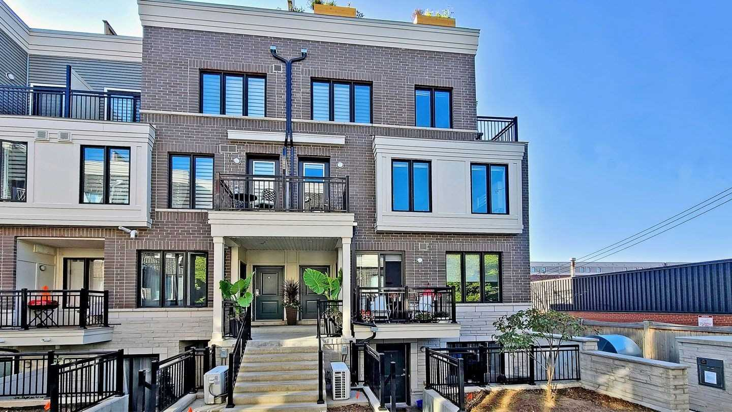 For Sale: 3 - 130 Long Branch Avenue, Toronto, ON | 3 Bed, 3 Bath Townhouse for $929900.00. See 40 photos!