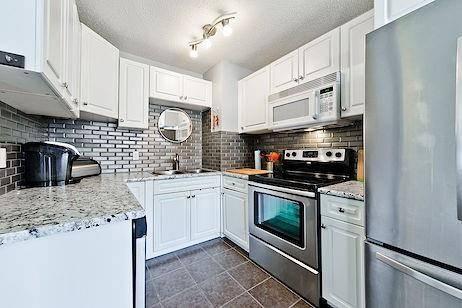 Townhouse for sale at 130 Mcrae St Unit 3 Okotoks Alberta - MLS: C4253927