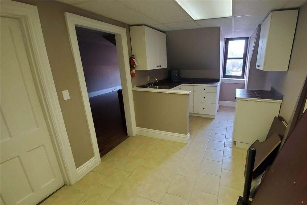 Apartment for rent at 189 Hughson St S Unit 3 Hamilton Ontario - MLS: H4084387