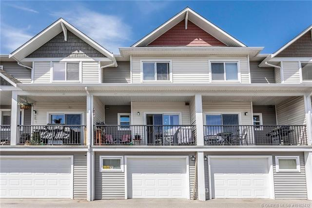 For Sale: 2000 Elkridge Drive, West Kelowna, BC   2 Bed, 3 Bath House for $399,900. See 27 photos!
