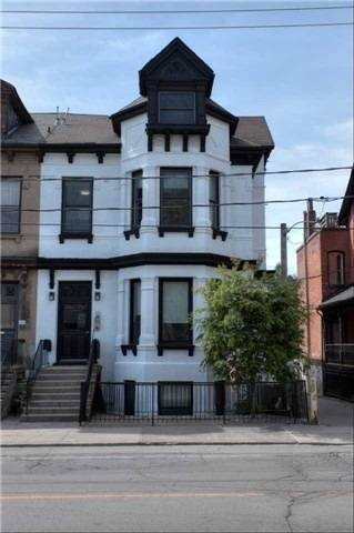 Townhouse for rent at 205 Gerrard St Unit 3 Toronto Ontario - MLS: C4572207