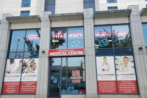 Commercial property for lease at 2083 Lake Shore Blvd Apartment 3 Toronto Ontario - MLS: W4945298