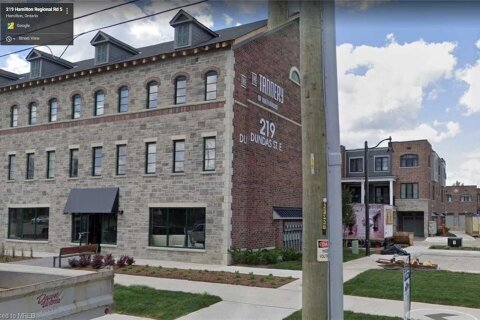 Commercial property for sale at 219 Dundas St Unit 3 Waterdown Ontario - MLS: 40050618