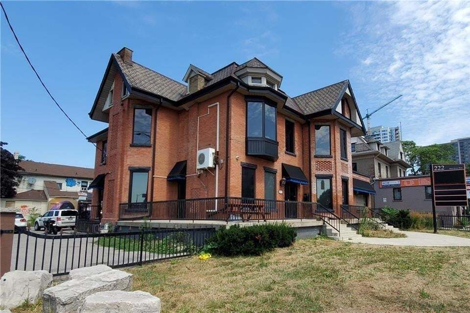 Commercial property for lease at 222 Main St W Apartment 3 Hamilton Ontario - MLS: H4087549
