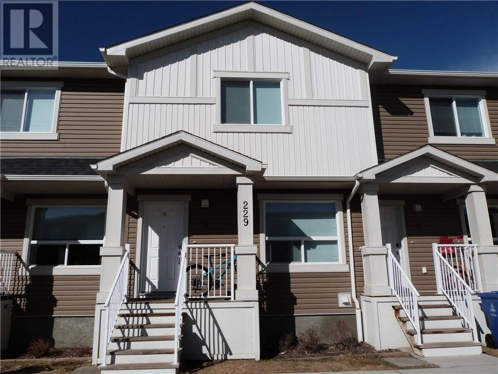 Townhouse for sale at 229 Silkstone Rd W Unit 3 Lethbridge Alberta - MLS: ld0188906