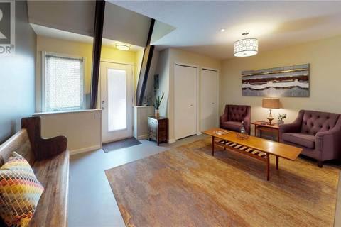 Townhouse for sale at 2855 Lacon St Unit 3 Regina Saskatchewan - MLS: SK806269