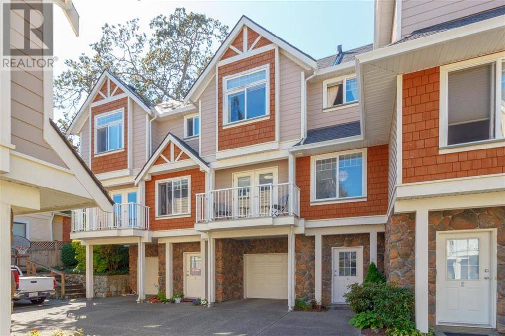 Townhouse for sale at 2921 Cook St Unit 3 Victoria British Columbia - MLS: 415289
