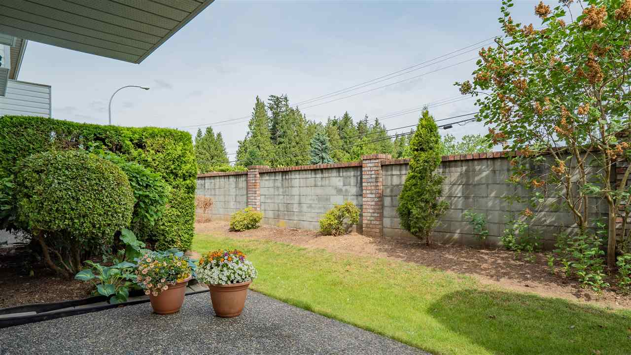 For Sale: 3 - 33922 King Road, Abbotsford, BC | 3 Bed, 3 Bath Townhouse for $554,700. See 20 photos!