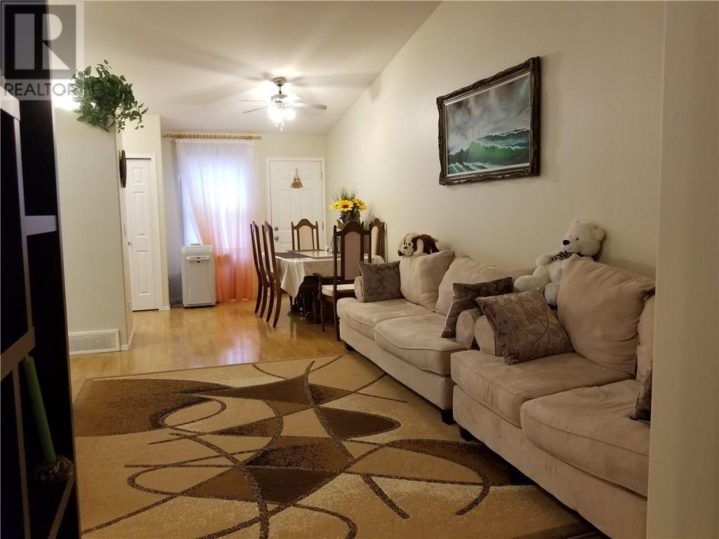 For Sale: 3460 Fairlight Drive, Saskatoon, SK | 3 Bed, 2 Bath House for $249,000. See 14 photos!