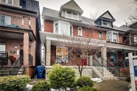 Townhouse for rent at 48 Grace St Unit 3 Toronto Ontario - MLS: C5084350