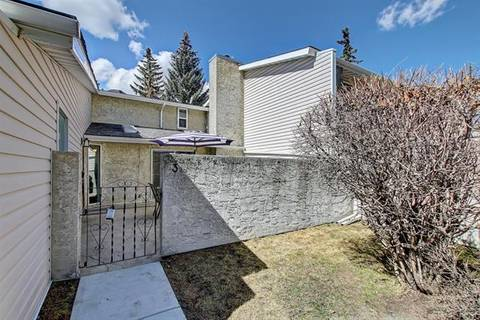 Townhouse for sale at 4915 45 St Southwest Unit 3 Calgary Alberta - MLS: C4244416