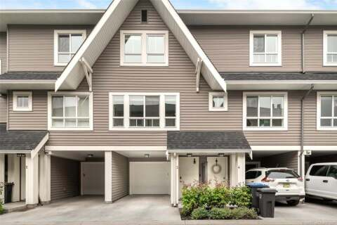 Townhouse for sale at  Old Meadows Rd Unit 3 Kelowna British Columbia - MLS: 10215226
