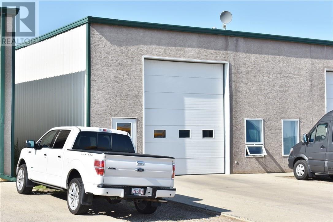 Commercial property for sale at 71 Southwest Dr Southwest Unit 3 Medicine Hat Alberta - MLS: mh0175159
