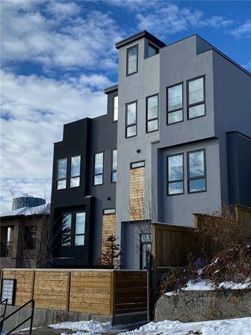Townhouse for sale at 713 5 St Northeast Unit 3 Calgary Alberta - MLS: C4286660