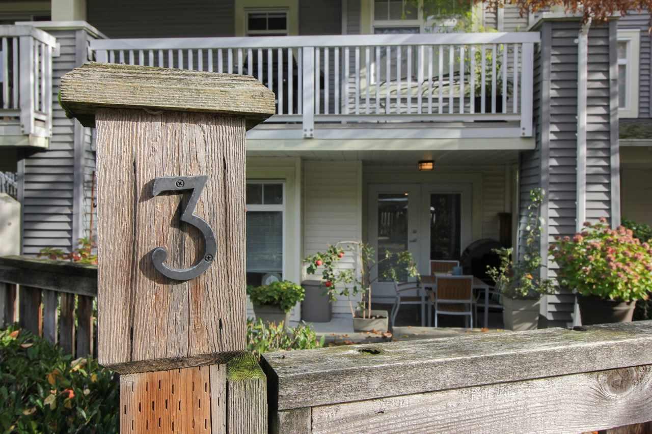 Ledgestone Ii Condos: 7428 Southwynde Avenue, Burnaby, BC