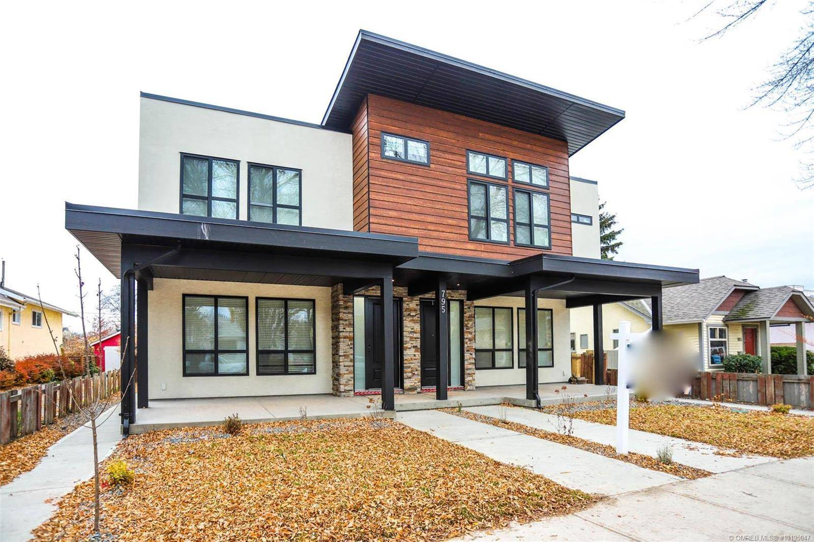 Townhouse for sale at 795 Stockwell Ave Unit 3 Kelowna British Columbia - MLS: 10195047